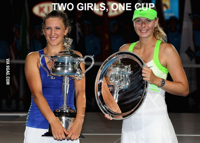 TWO GIRLS,ONE CUP