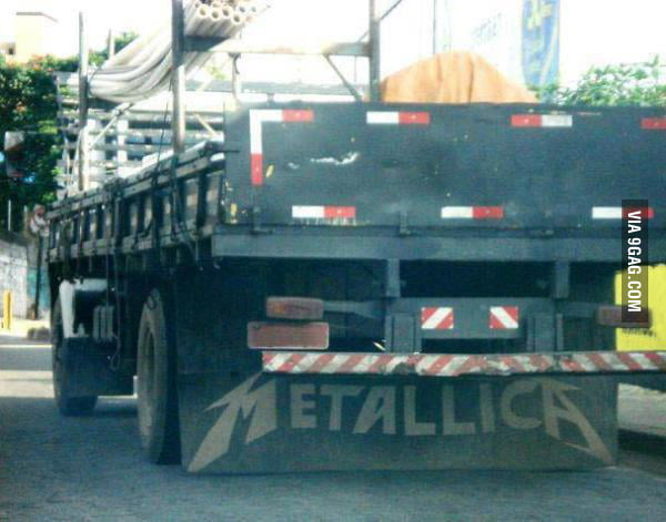 This is how Metallica start to earn money at the beggining