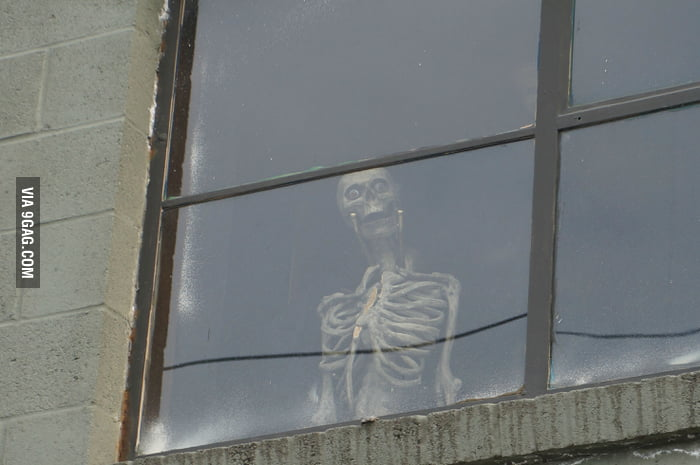 When I look up randomly on the street...