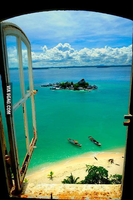 I want to live here - Lengkuas island, Indonesia.
