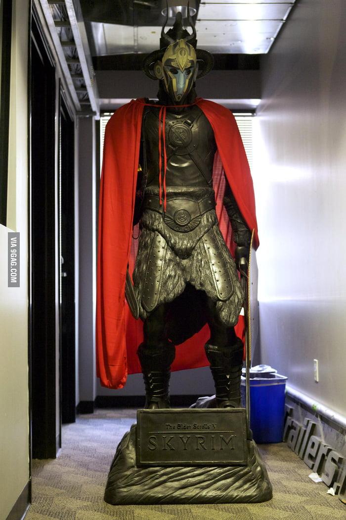 Cool Skyrim Statue