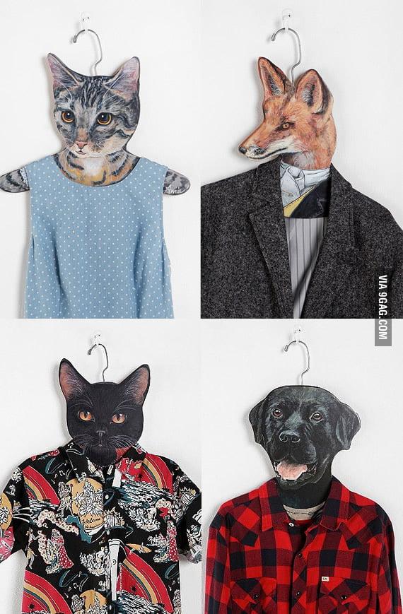 Animal clothes hanger
