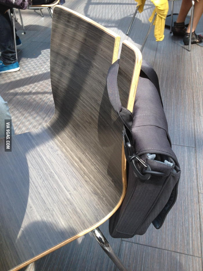Every chair in public place should be like this