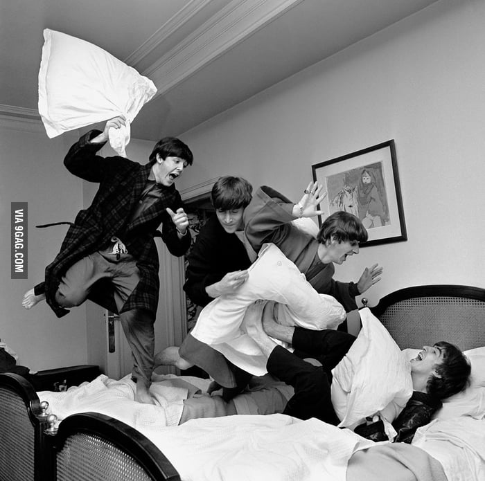 I want to join this pillow fight!