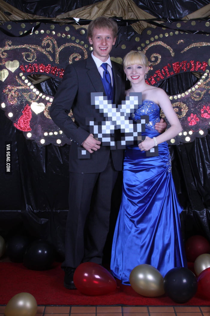 Awesome Prom Photo Minecraft Fans!