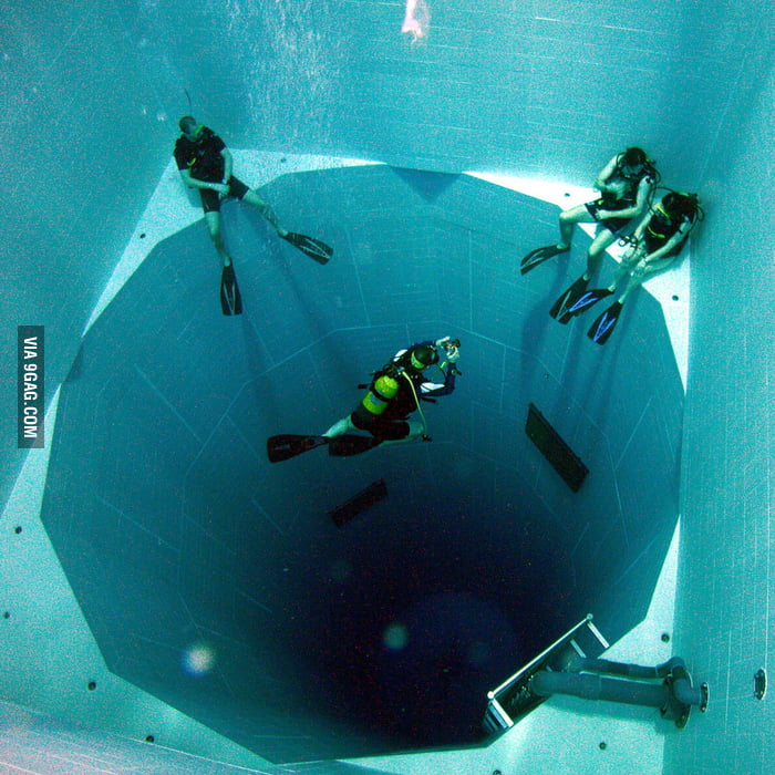 Nemo 33: The world's deepest swimming pool