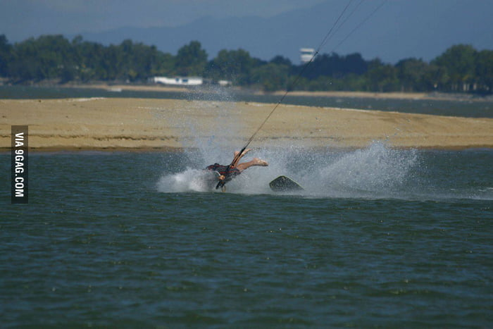 Wakeboarding: Head down style