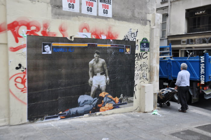 Muhammad Ali beats Ryu Street Art