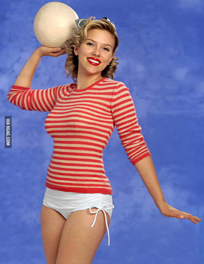 "Scarlett Johansson: ""Who wants to play volleyball with me?"""