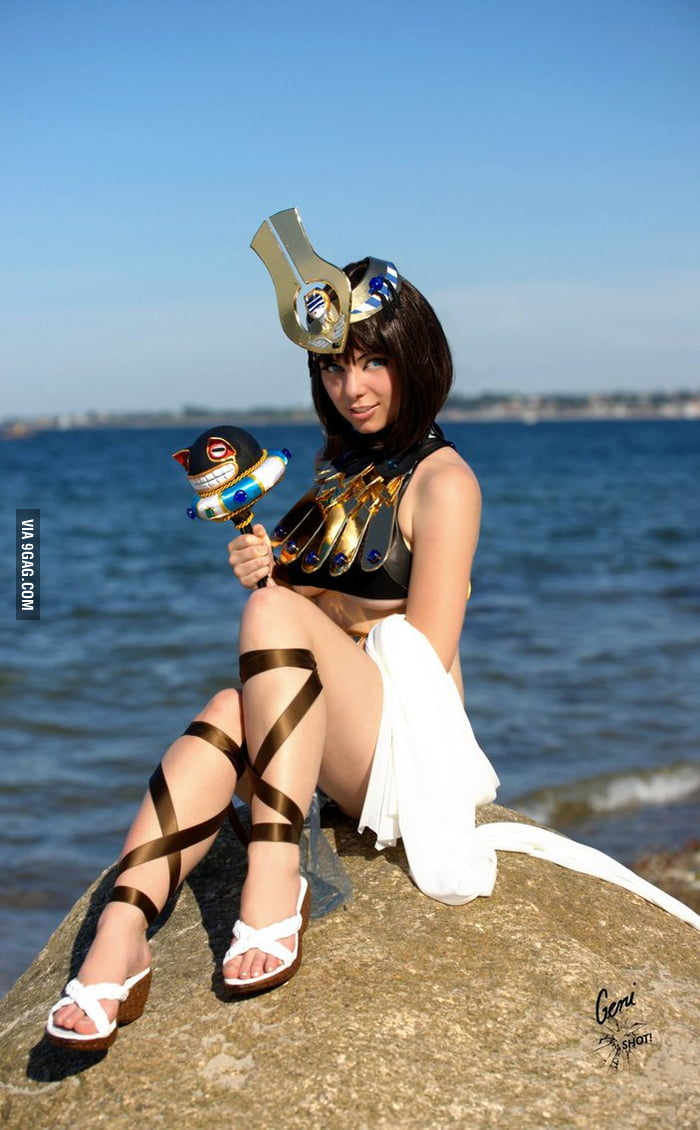 Menace form Queen's Blade