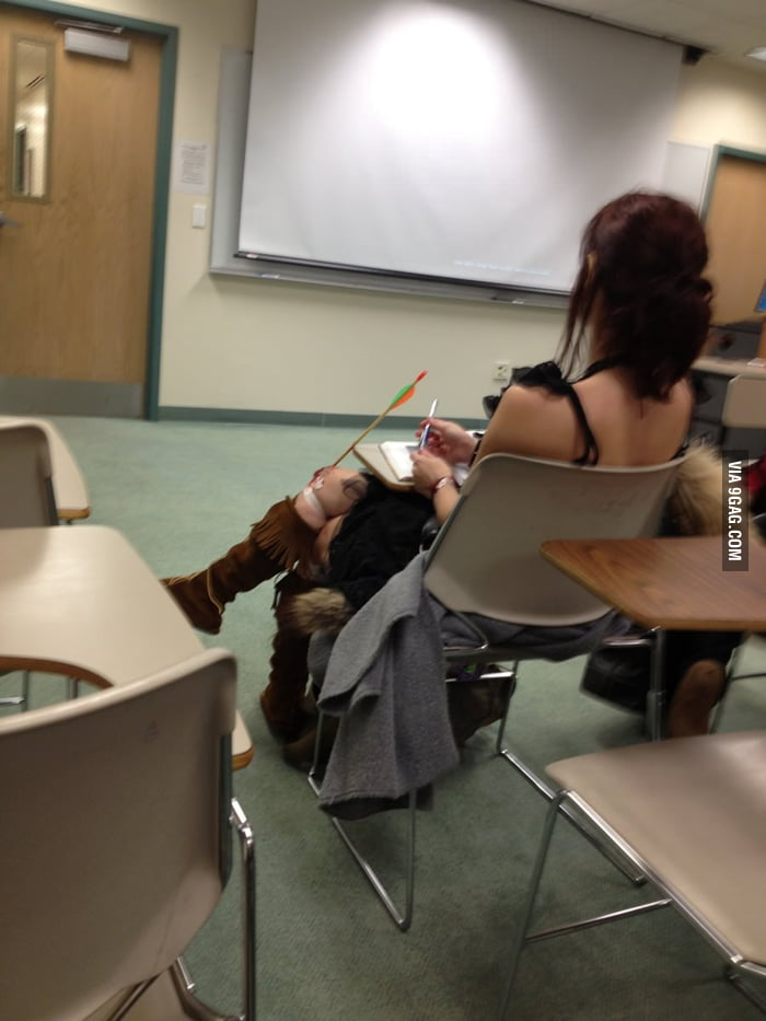Girl in class used to be an adventurer like me
