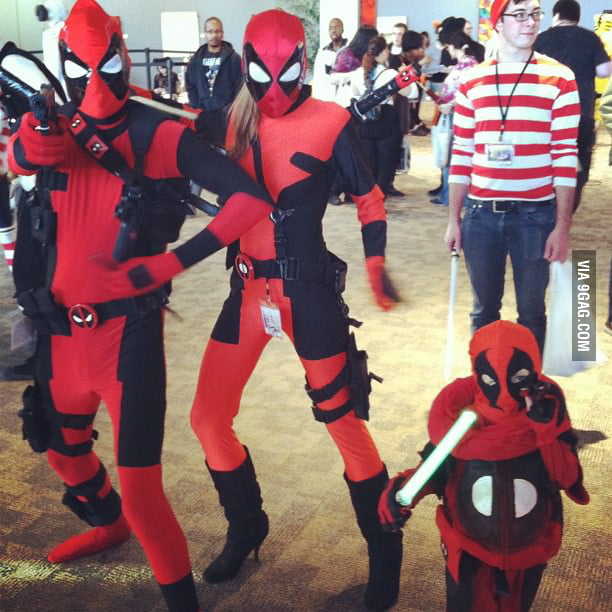 Deadpool family got photobombed!