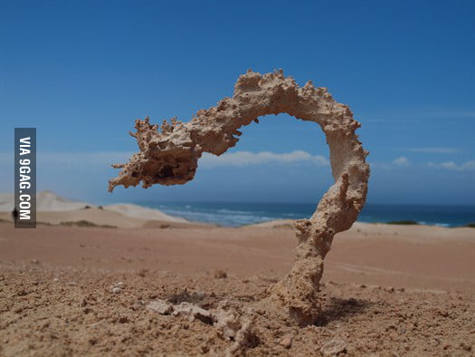 Sand struck by lightning