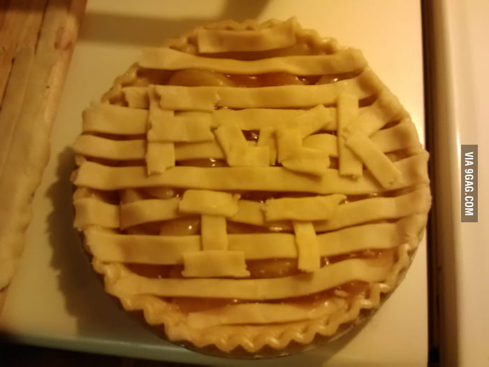 Tried to decorate an apple pie.