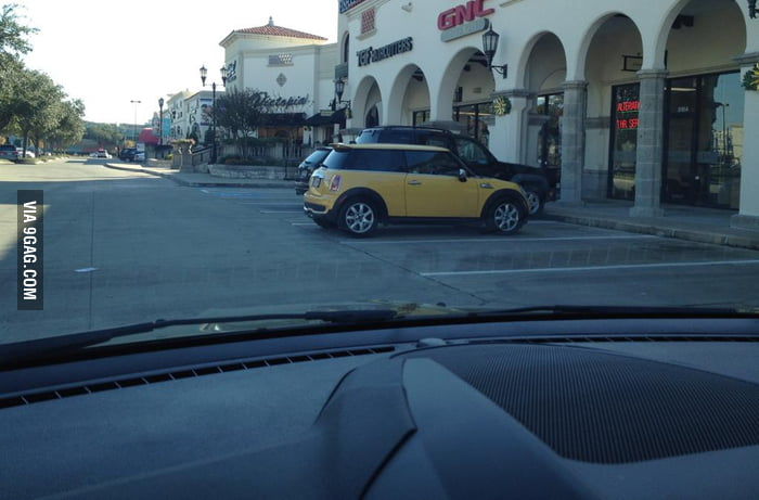 If you drive a Mini and you park like this... thank you.