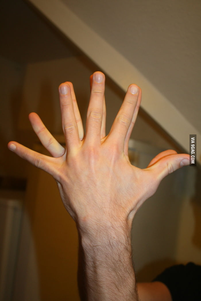 How a guitarists hand stretches over time.