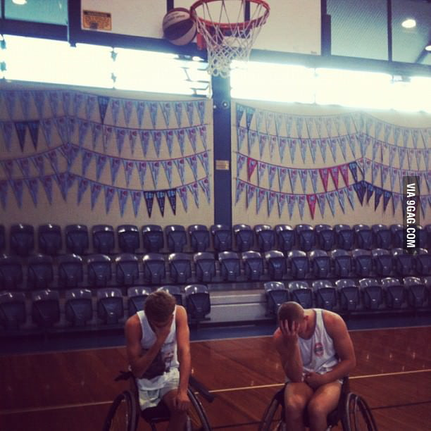 Every wheelchair basketballer's worst nightmare.