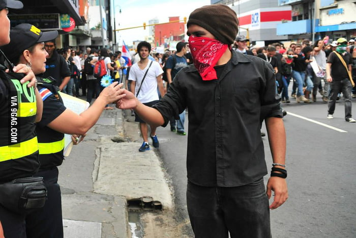 Costa Rican Protests - What happens when there is no army