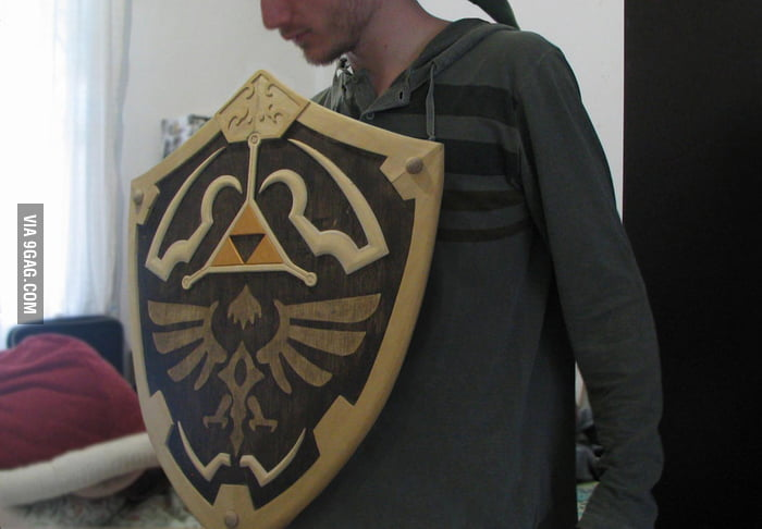 An awesome wooden Hylian Shield from Legend of Zelda.