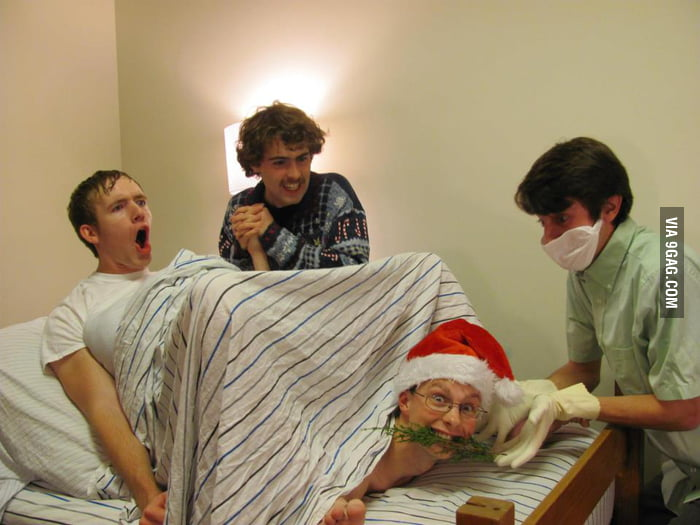 My friends took a funny Christmas photo.