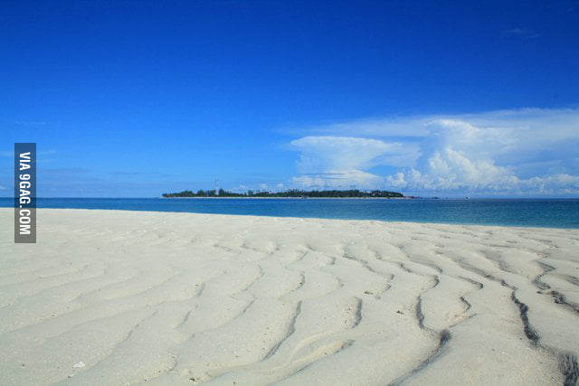 Pasir Derawan Beach,East Kalimantan,Indonesia