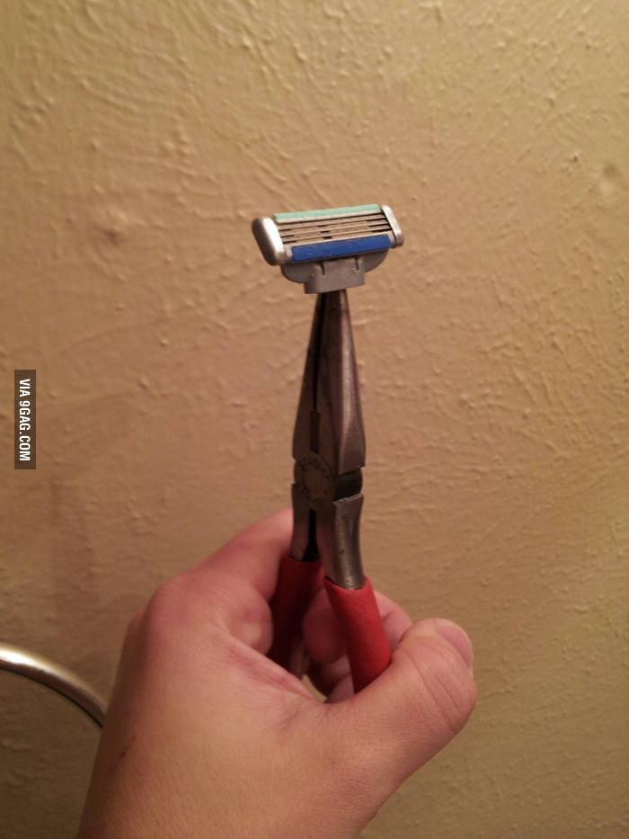 My razor was broken but I repaired it.