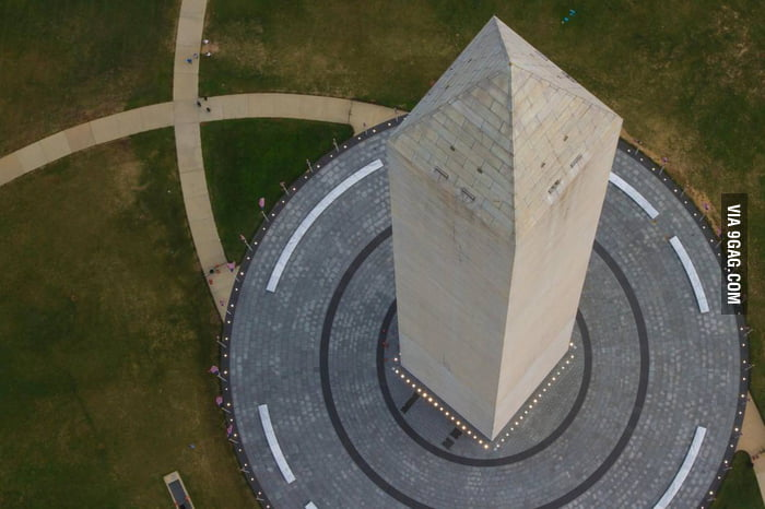The bird's eye view of the Washington Monument.