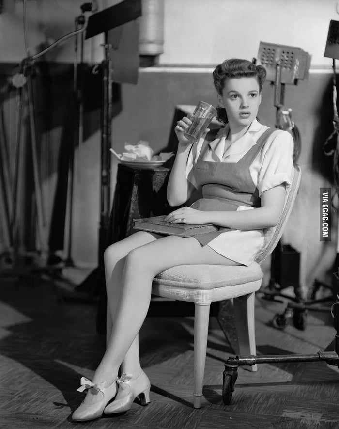 Judy Garland chilling on set.