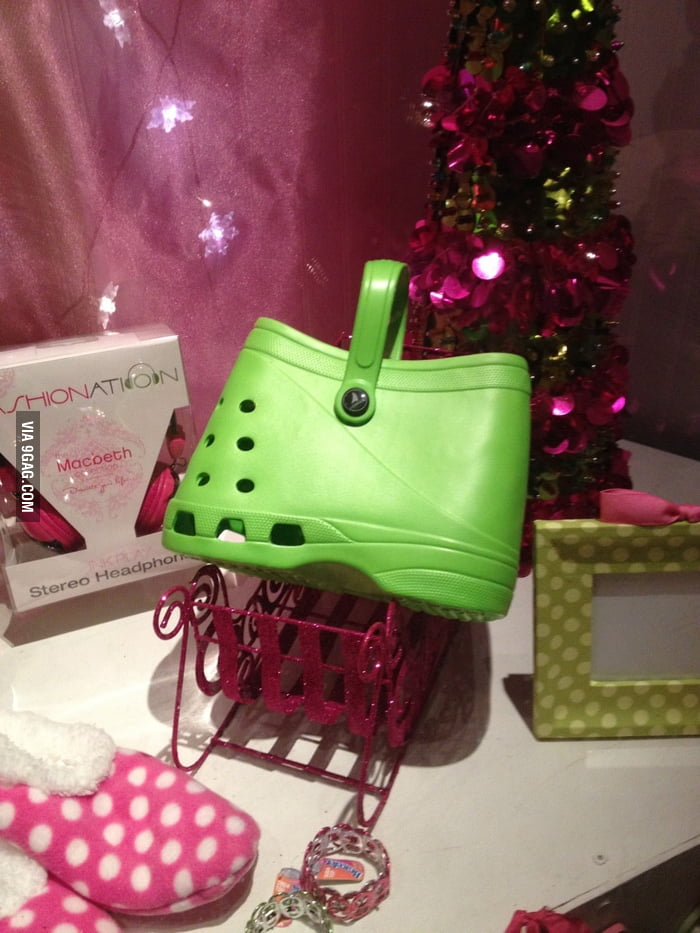 Now people who wear Crocs can have a matching purse.
