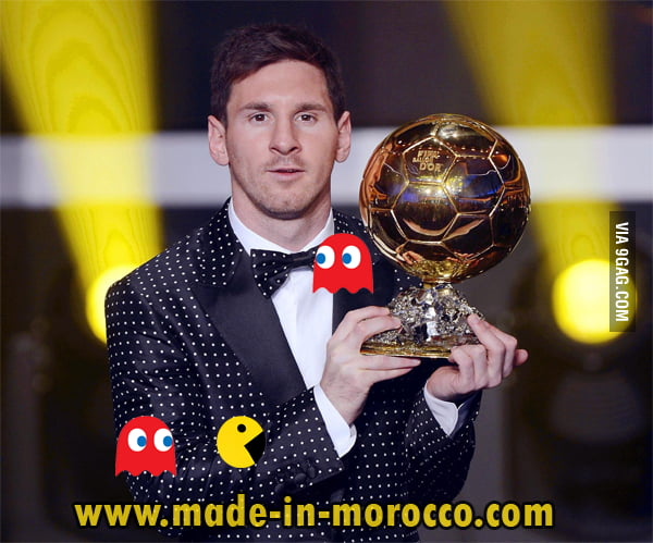 May I play PACMAN on Messi's suit ? Please