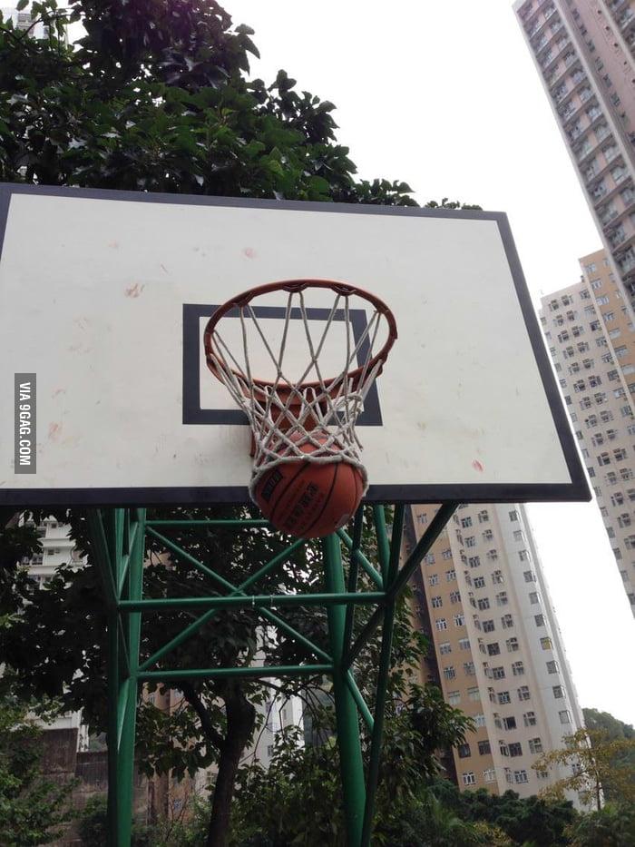 It's a trap! (Basketball version)