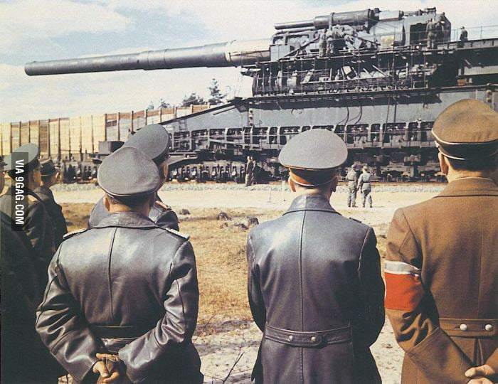 A WWII German Railway Tank. (Hitler is on the far right)