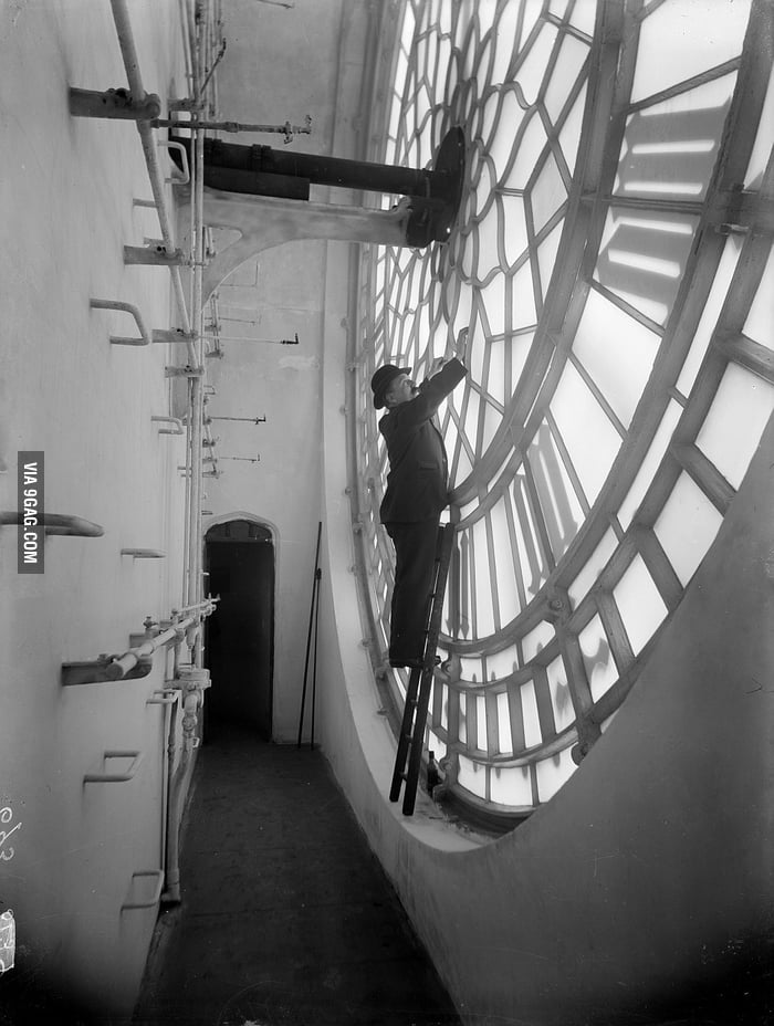Behind the face of Big Ben, London 1920
