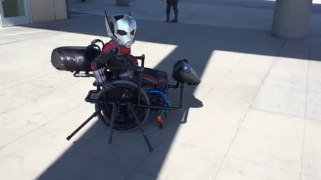 Ant-Man and Antony cosplay made by Walkin' & Rollin'
