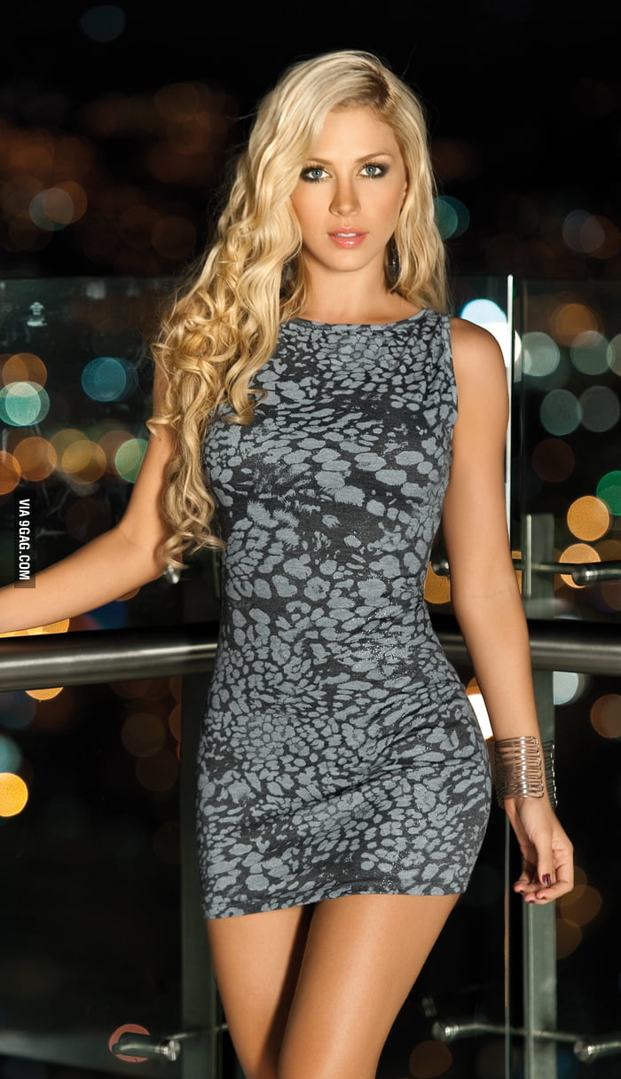 Lina Posada - 9GAG