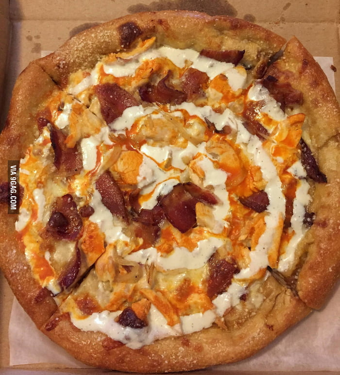 Buffalo Chicken Pizza with bacon, caramelized onions, and bleu cheese ...