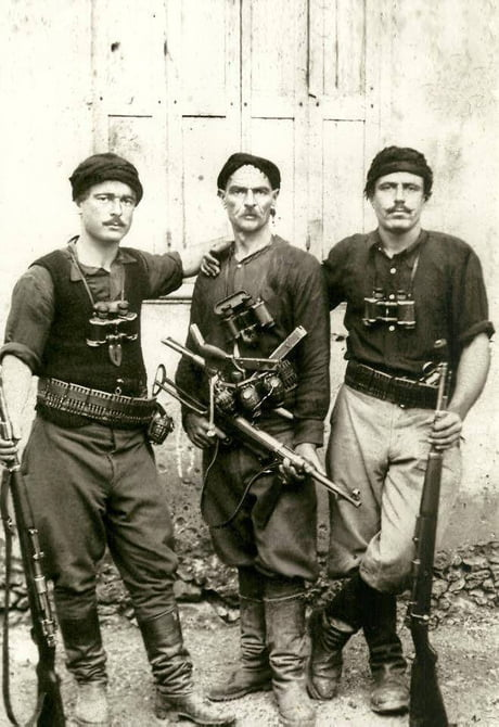 When you see it..... (Greek partisans who fought German invaders during the battle of Crete May 1941.)