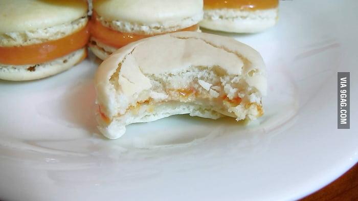 Dulce de Leche Macarons - 9GAG