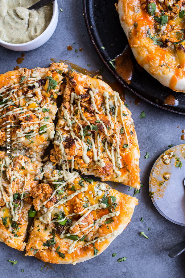 Buffalo Roasted Cauliflower Skillet Pizza with Chipotle Blue Cheese ...