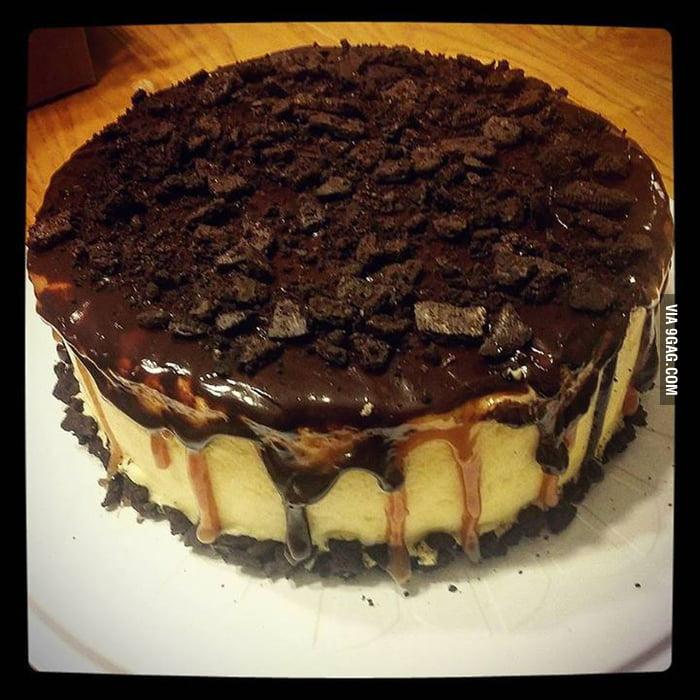 Chocolate cake filled with cheesecake, salted caramel ...