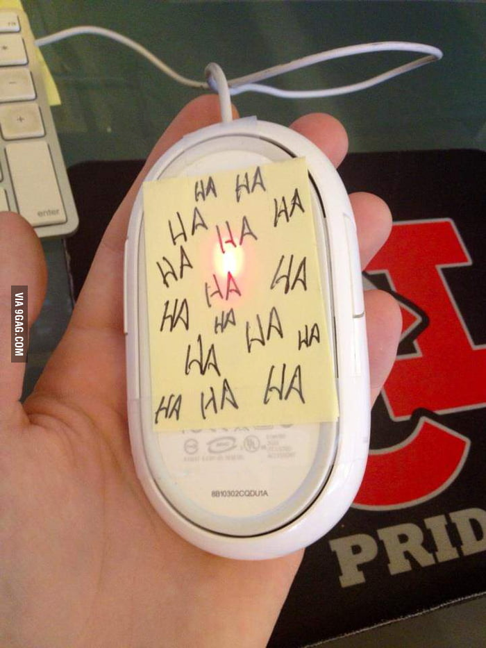 My friend struggle with his mouse for 5 minutes before he discovered this.