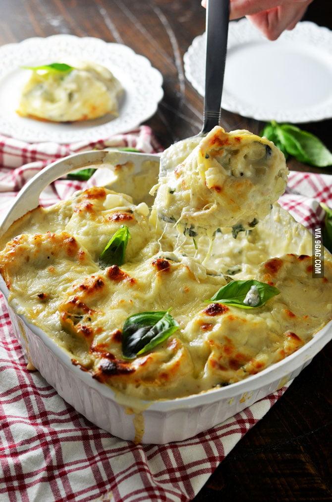 White Chicken Lasagna Roll Ups. This ultra-cheesy, chicken & spinach ...