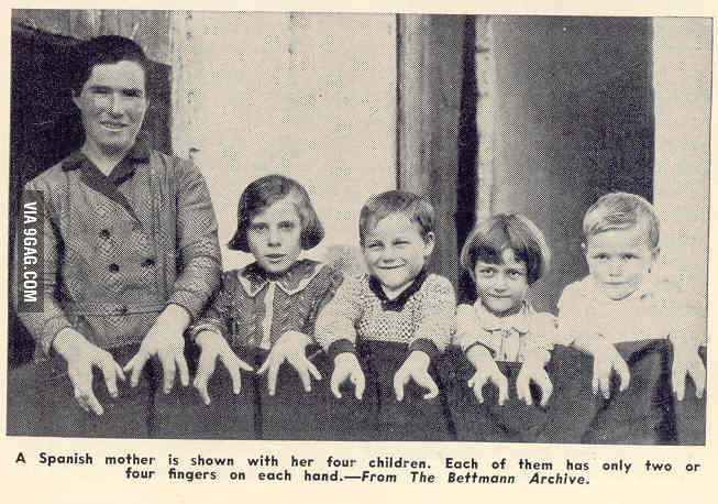 Family of lobster handed Spaniards