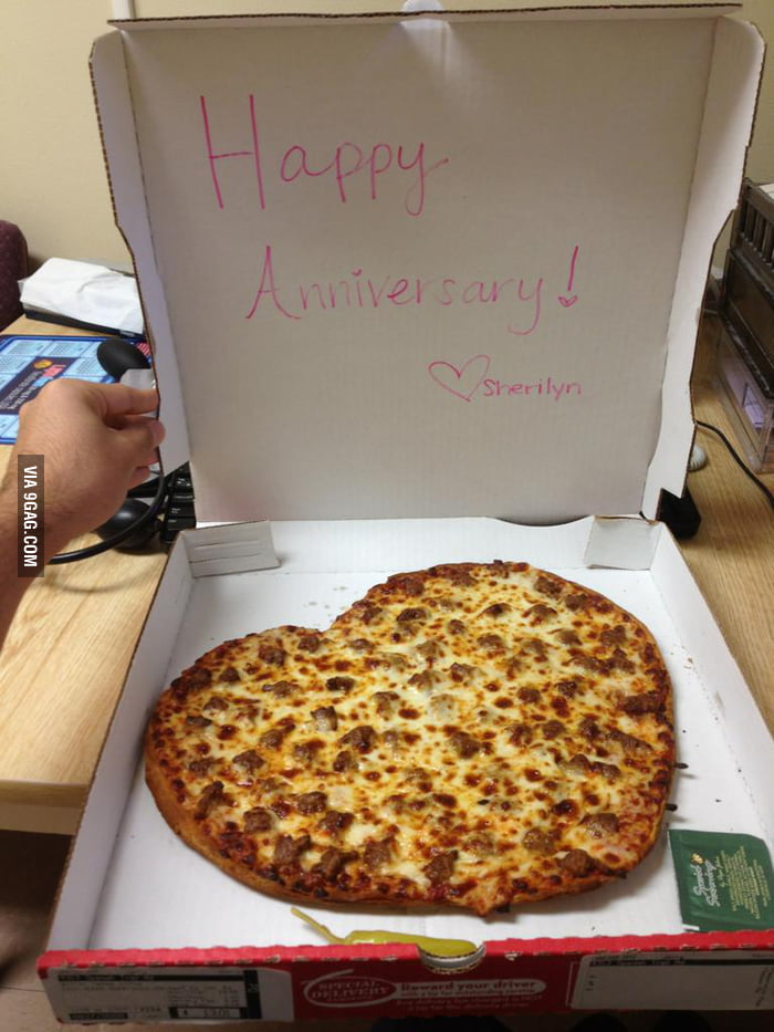 9 Year Work Anniversary my Fianc Had a Pizza Sent to my Work For Our 9 Year Anniversary i