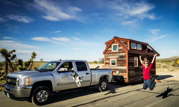 This Couple Quit Their Jobs And Left Everything For A Homemade Tiny House And A Dream Of Traveling
