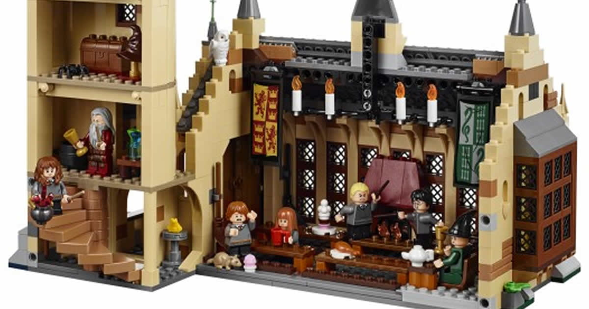 LEGO's New Harry Potter Hogwarts Great Hall Set Is Pure Magic