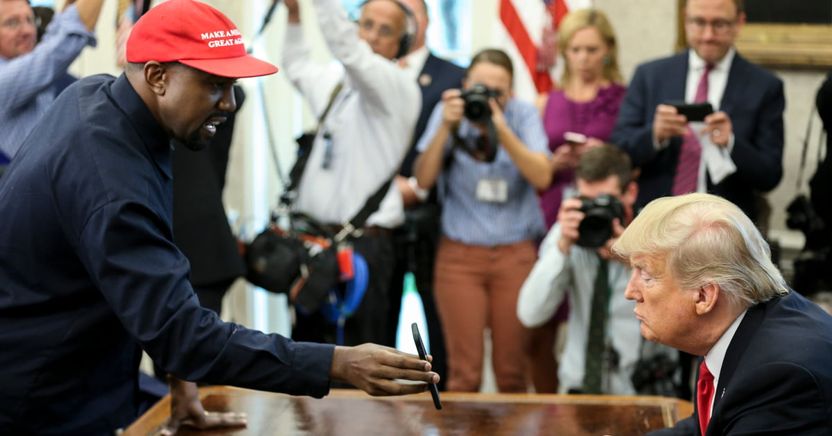 Kanye West Wants Apple To Build An iPlane For Donald Trump To Replace Air Force One
