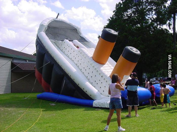 Titanic blow-up slide