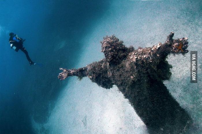 Jesus under the water
