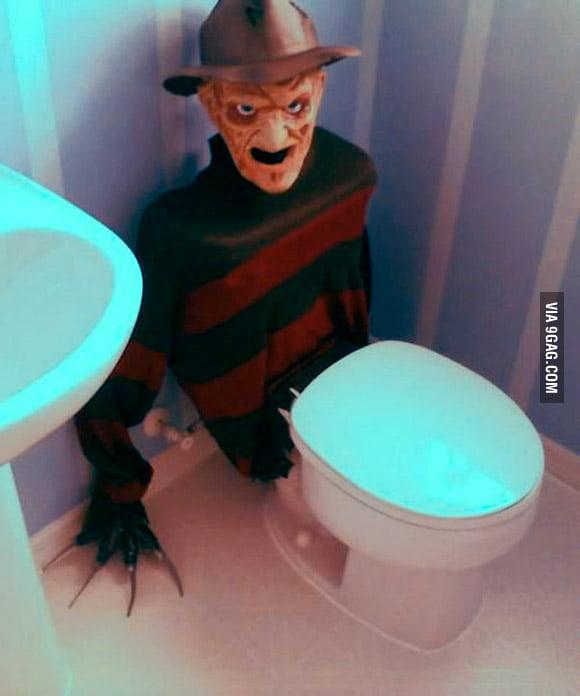 Freddy Krueger Toilet Tank Cover
